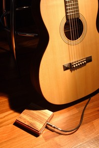 Ellis Guitars OOO-Style Acoustic Guitar with stompbox