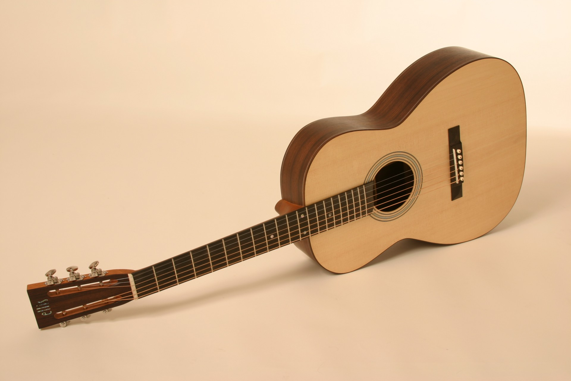 ellis small body 000 standard model
